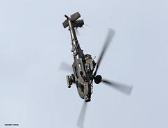 Helicopter gun ship J78A1434 (M0JRA) Tags: farnborough international airshow bizz jets helicopter gun ship flying planes aircraft landings take off
