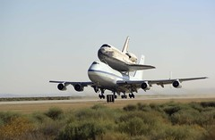 Hitch a Ride (Alexander Becker) Tags: 2005 found nasa discovery space sts114 geeks technology amazing danger gtd gettingthingsdone lifehack sky travel joysoftravel thingsthatmoved shuttle spaceshuttle exploration ride boeing 747 piggyback orbiter together