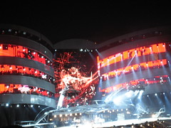 And things started to rock! (With A Twist) Tags: rollingstones bigbangtour ottawa2005 itsonlyrockandrollbutilikeit 40yearsafter