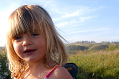 gigi takes charge (jen clix) Tags: gigionthebluff niece lateafternoon santacruzcounty threemile northoftown picnic portrait