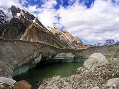 P7161443 (Kelly Cheng) Tags: pakistan mountain glacier getty baltoro trekday6urdukastogoroii gettysale pickbykc gi1104 89996053