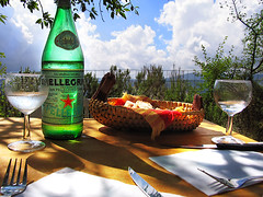 Lunch...Sun... and San Pellegrino! (Imapix) Tags: voyage trip travel sun canada france art nature topf25 glass colors clouds canon wonder bread table lunch photography photo foto photographie image quebec gutentag knife fork qubec topv777 provence imapix sanpelegrino favpix topfavpix gatanbourque copyright2006gatanbourqueallrightsreserved  gaetanbourque pix50 francetourism imapixphotography gatanbourquephotography
