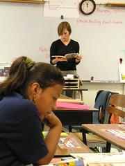 University Student Teaches Reading (Old Shoe Woman) Tags: usa georgia southgeorgia dilosep05 school classroom students reading university practicum dilosept05