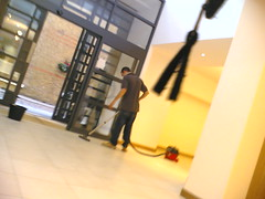 Builder guy at work (OwenBlacker) Tags: cameraphone london work moblog phonecam builder hotguy nokia6680 llundain
