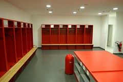 Dressing Room Of FC Bayern Mnchen (*SM) Tags: 2005 germany munich mnchen football stadium dressingroom garderobe allianzarena fcbayernmnchen umkleide kabine