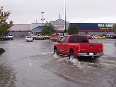 Wal*Mart Parking Lot (General Wesc) Tags: flood truck parkinglot walmart uploadedbyluca washingtonnc