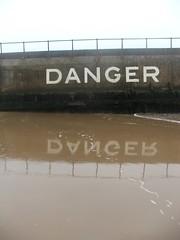 DANGER, DANGER (vvt) Tags: danger sign reflection sand gorleston beach norfolk vvt