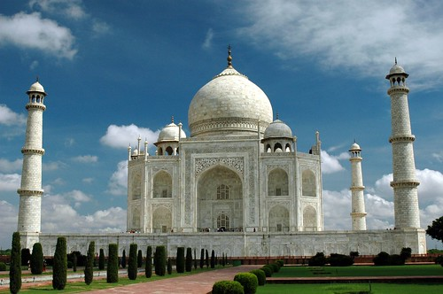 TAJ MAHAL AT NUMBER ONE POSITION – OUT OF NEW 7 WONDERS OF THE ...