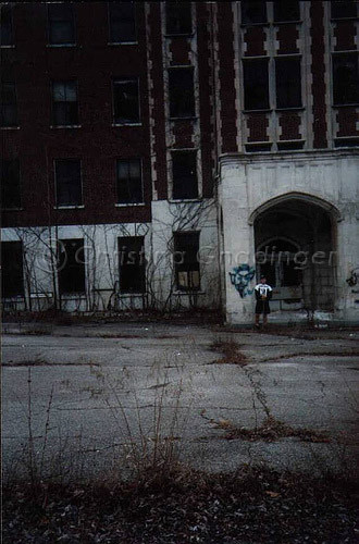 Waverly Hills Sanitorium in Louisville, KY from 1992