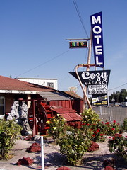 20051017 Cozy Motel