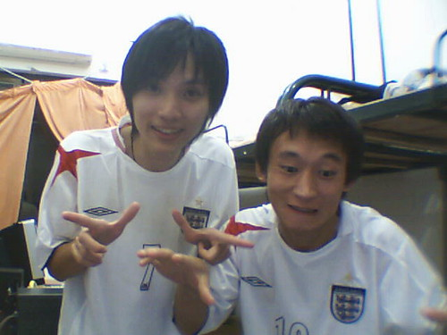 funny actors. 2 funny actors