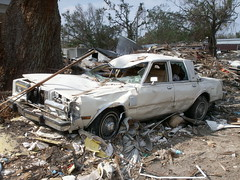 Chatarra (Daquella manera) Tags: car mississippi katrina junk hurricane huracan cadillac hurricanekatrina coche disaster biloxi desastre chatarra misisipi p37