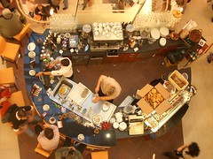 Coffee Shop II (elmada) Tags: coffee café shop mall shopping germany bread deutschland weimar thüringen cafe sink thuringen coffeeshop thueringen thuringia shops dishes atrium barista shoppers maul elmada thüringia weimaratrium elmicoffeeshop elmi barmann