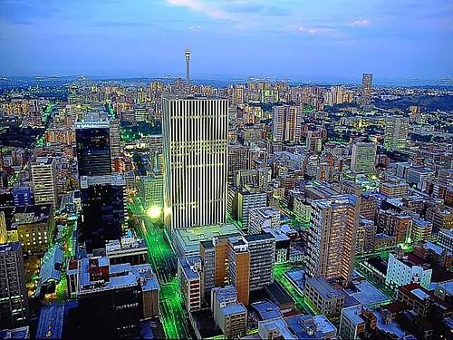 Johannesburgo por Yo, minoría absoluta.