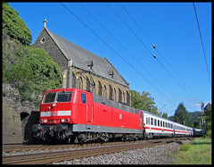 Moselle (roomman) Tags: 2005 church train germany deutschland ic unter transport railway trains db class valley transportation 70s 1970s deutschebahn railways rlp intercity mosel 219 rheinlandpfalz 181 lehmen koberngondorf moselstrecke untermosel kobern gondorf 181219 class181 181class