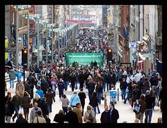 Buchanan Street (Szmytke) Tags: christmas xmas people topv111 shopping scotland topv333 commerce glasgow sunday crowd buchananstreet social topv222 buchanan trade