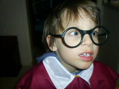 Spaghetti Faced Harry Potter (Lindsay D) Tags: jesse glasses costume harry potter harrypotter dressup round tc28closeup