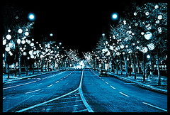 kind of blue (sam b-r) Tags: street blue trees light tree cars portugal topf25 lisbon orb inpt s52106140 avenidadeliberdade sambrimages