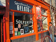 IMG_1749_edit (fotograf.416) Tags: toronto wideangle gelato gelateria solferino 20060128 38wellingtonstreeteast