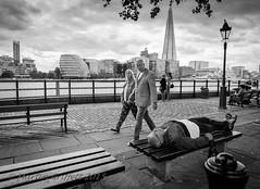 Sleeper (4orty7even) Tags: street city summer man london bench mono couple sleep candid august workshop stare shard riverthames xt1 matthart xt1201508041572