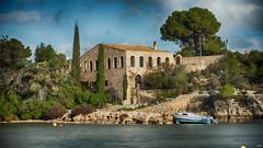 Embarcadero (candi...) Tags: casa embarcadero barca agua lestany portdelestany árboles airelibre viento naturaleza ventanas sonya77 arquitectura