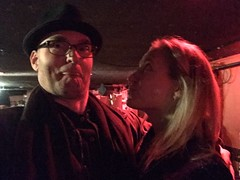 Clowning with singer-songwriter Amy Fairchild during soundcheck before our gig @ Lizard Lounge / Cambridge
