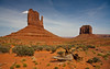 hot and dry (++sepp++) Tags: oljatomonumentvalley arizona usa us monumentvalley landschaft landscape themittens heis hot sonnig sunny rot red sand