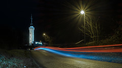 Der Berg ruft (Eric Spies) Tags: kleve aussichtsturm kleverberg königsallee niederrhein nrw nordrheinwestfalen deutschland germany cleves cleve viewtower tower turm aussicht view mountain hill lighttrails lichtstreifen lichtspuren traffic verkehr strase road nacht nachtaufnahme night nightshot abend evening langzeitbelichtung langzeitaufnahme longexposure long exposure lzb le strasenbeleuchtung street lighting streetlighting streetlights streetlight light licht beleuchtung fuji fujifilm fujinon xt10 xc xc1650 1650 lightpainting painting berg