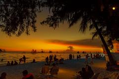 Sunset of Boracay (Andy-Hsieh) Tags: sunset sony ilce7m2 a7m2 a7ii a72 a7 carl zeiss za ssm 50mm planar 景深 24mm distagon f2 sea green oceam 海 水 orange landscape 長灘島 夕陽 travel yellow 剪影 sketch magichour goldhour island philippines boracay 日落 戶外 黃昏 海洋 安詳 天空 風景 海邊 岸邊 棕櫚樹 樹 植物