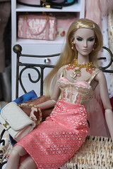 The girls and their jewels (Isabelle from Paris) Tags: doll jewelry fashionroyaltydoll key pieces elyse jolie elise