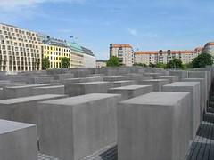 Berlin. Holocaust memorial (Traveling with Simone) Tags: germany berlin canonpowershot eu holocaustmemorial memorial jewish holocaust outdoor eisenman