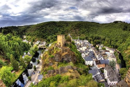Town of Esch-Sauer