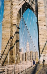 The Brooklyn Bridge (Stabbur's Master) Tags: bridge famousbridges suspensionbridge manhattan nyc newyorkcity brooklynbridge woolworthbuilding
