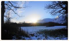 Coucher de soleil et neige (passionpapillon) Tags: paysage landscape paesaggio paisaje extérieur ciel sky cielo soleil coucher sunset tramonto sol de puesta passionpapillon neige snow neive nieve ain rhônealpes france