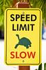 Speed Limit - Slow (MarkusR.) Tags: mrieder markusrieder nikon vacation urlaub fotoreise phototrip usa 2015 usa2015 florida sunshinestate sonnenscheinstaat zoo miami sign schild slow langsam speedlimit turtle schildkröte