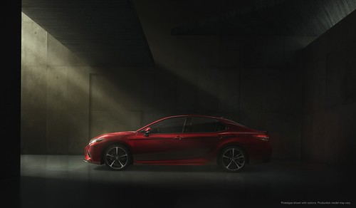 2018-toyota-camry-unveiled-in-detroit-looks-sporty_12