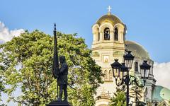 Опълченец-знаменосец (saromon1989) Tags: landscape church bulgaria monument