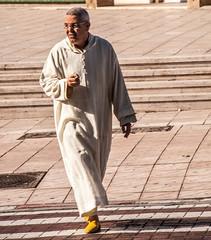 Djellaba (Jan Herremans) Tags: janherremans candid africa morocco djellaba berber steps street