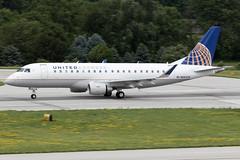 United Express (Mesa Airlines) Embraer E-175 N88328 KCMH 27JUN15 (FelipeGR90) Tags: columbus ohio columbusohio ash cmh yv unitedexpress embraer175 mesaairlines portcolumbus e175 erj175 kcmh airshuttle ejets superspatula n88328