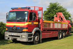 Humberside Fire & Rescue Service Mercedes Atego General Purpose Truck (PFB-999) Tags: rescue truck wagon fire mercedes day general lorry vehicle and service beacons purpose grilles brigade unit strobes 2015 lightbar humberside atego rotators hfrs y341vkh