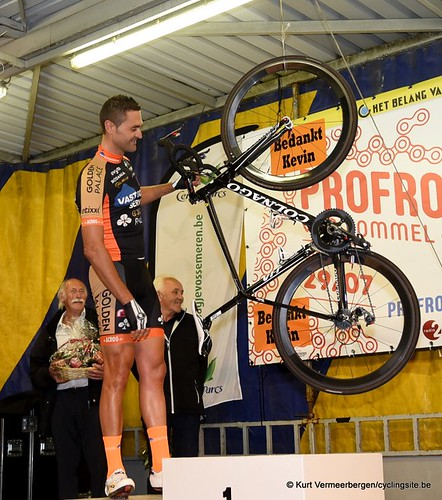 Kevin Hulsmans fiets aan de haak (8)