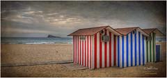 (168/15) Playa de Levante (Benidorm) (Pablo Arias) Tags: españa photoshop spain colours colores cielo nubes hdr texturas playas benidorm comunidadvalenciana photomatix pabloarias