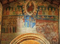 Tuscania - Santa Maria Maggiore 3 (anto_gal) Tags: lazio viterbo tuscania 2015 chiesa romanico santamariamaggiore affresco giudiziouniversale
