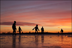 Richmond 0681 BC web (DAMON WEST www.damonwestphotography.com) Tags: ice icehockey rink skate sunset richmond bc britishcolumbia canada play outdoors fitness richmondmoments metrovancouver viawesome vancitybuzz mustbevancouver garypointpark steveston