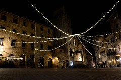 San Gimignano Piazza delle Cisterne by night_00002 (moniq84) Tags: san gimignano siena nightphotography christmas time lights piazza delle cisterne cisterna square city tuscany toscana village medieval borgo italia italy long exposure streetlamp streetlights winter citylights cityscapes navidad noel natale tower building buildings shops wow place newyear door doors window windows night nikonflickrtrophy
