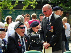 Royal Anglian Regiment Parade 022 (Peter O'Connor aka anemoneprojectors) Tags: 2014 army britisharmy crowd england event female hertfordshire homosapiens human male man medal people person queensdivision ranglian regiment royalanglianregiment royalanglianregimentparade royalbritishlegion spectator stevenage stevenagetowncentre uniform woman z981 outdoor kodakeasysharez981 kodak uk