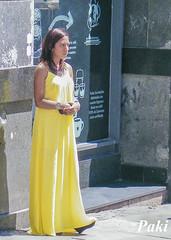 Esperando (Paky paky) Tags: madrid espaa yellow spain amarillo angry esperando expect enfado