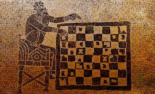 "Petteia - Ludus Latrunculorum  / Iconografía de las civilizaciones helenolatinas • <a style=""font-size:0.8em;"" href=""http://www.flickr.com/photos/30735181@N00/31678483274/"" target=""_blank"">View on Flickr</a>"