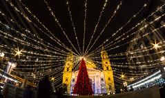 Christmas Market (ToMpI97) Tags: christmas market shopping crowd mass queueu mulled wine tree pine lights budapest hungary