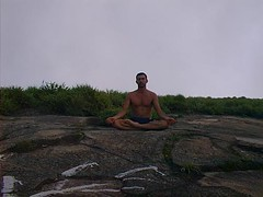 3031056674783 (roney) Tags: yoga pedradagavea 2003